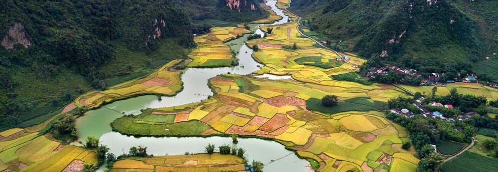 Meandering through the Vietnamese landscape